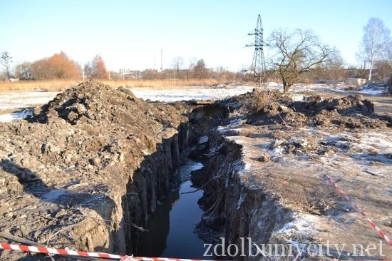 аварія каналізації здолбунів (2)