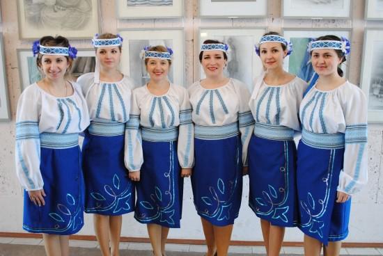 жіночий вокальний ансамбль Зорецвіт, будинку культури сел. Мізоч