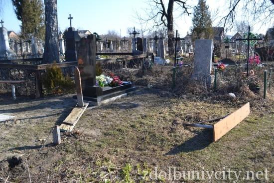вандали на кладовищі (6)