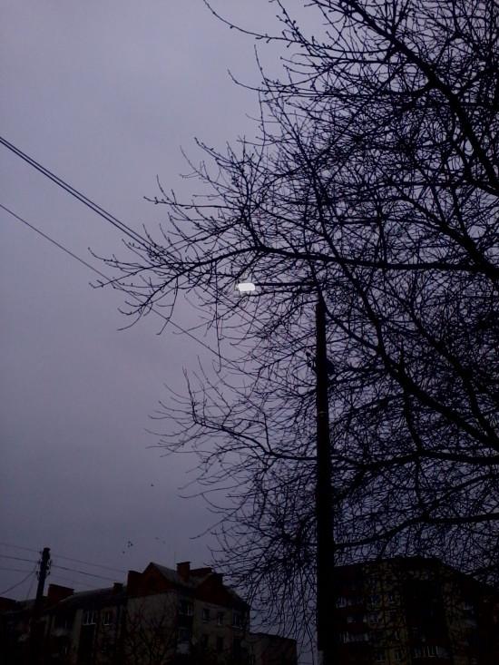 світло на вулицях вдень (1)