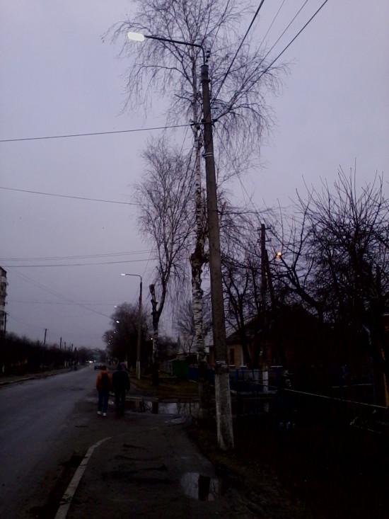 світло на вулицях вдень (6)