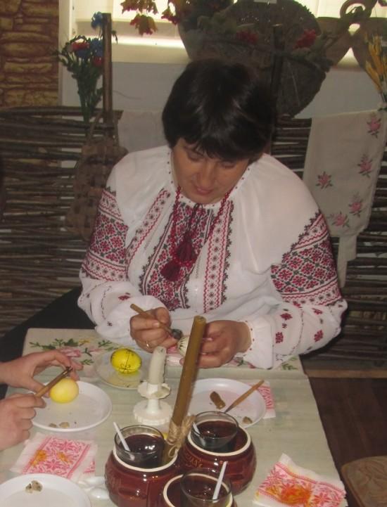 Любов Шаркова майстер клас писанка (1)