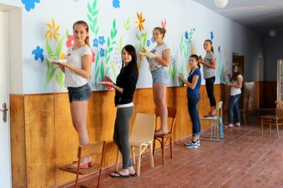 розмальована школа у Здолбунові (14)