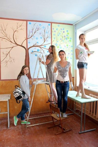 розмальована школа у Здолбунові (15)