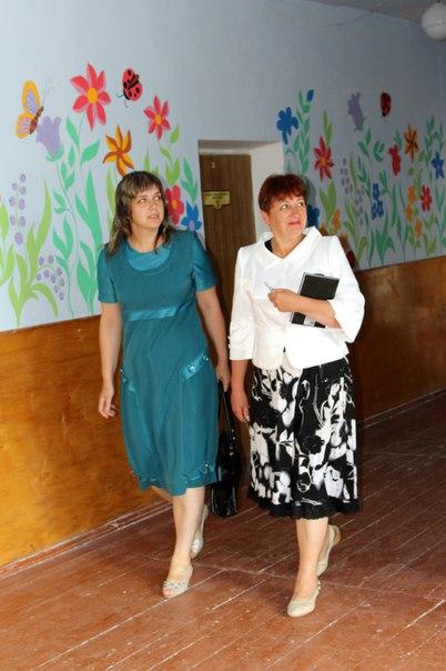 розмальована школа у Здолбунові (23)