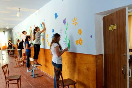 розмальована школа у Здолбунові (8)