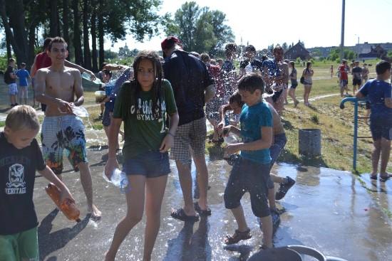 водні війни у здолбунові 2015 (11)