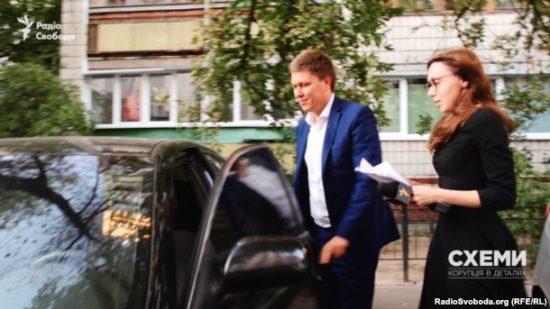 Прокурор Сергій Стороженко працює у відділі Генеральної прокуратури, що наглядає за співробітниками Державної фіскальної служби